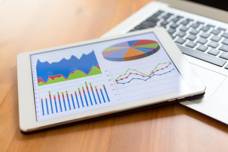 cash flow graphs on tablet
